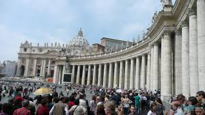 Queue for St. Peter's