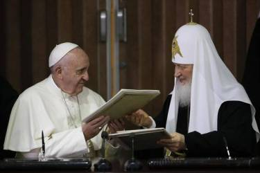 Cuba Pope Patriarch (1) (2)